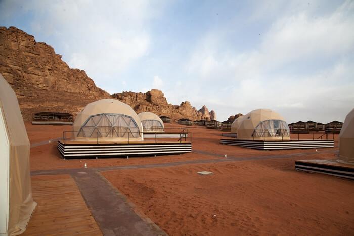 中东约旦球形帐篷营地酒店