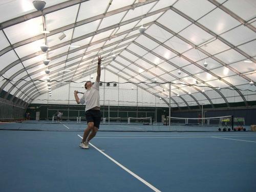 网球场帐篷