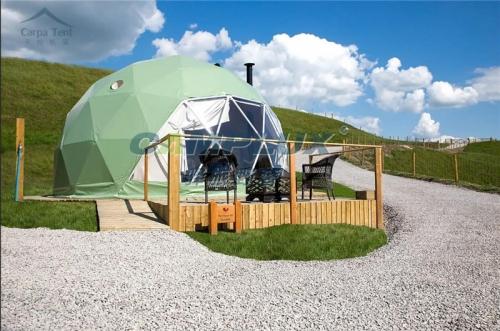 英国伦敦露营星空球形帐篷酒店