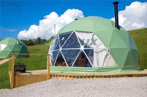 英国伦敦为数不多的露营星空帐篷酒店基地