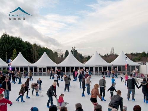 滑冰场欧式尖顶篷房
