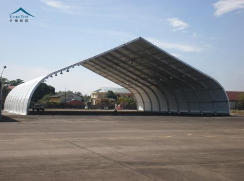 30米跨度弯柱篷房